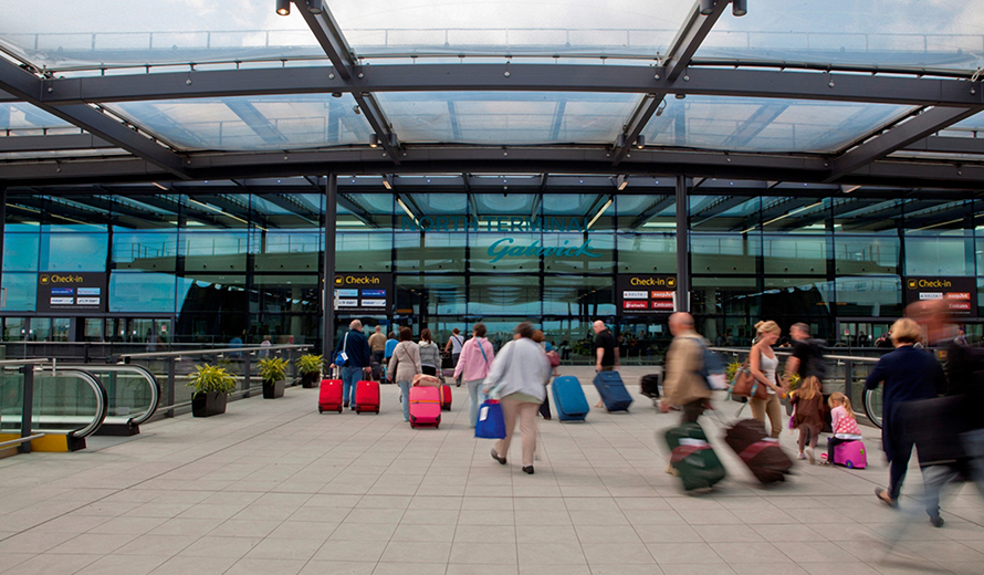 Gatwick Airport North Terminal Postcode >> Pick Up Point At Gatwick Airport 1st Airport Taxis