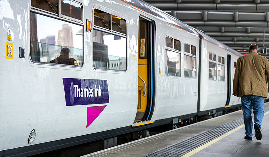 Thameslink Luton - Travel by Train in Luton
