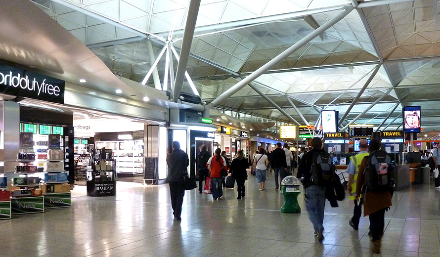What's the best time to arrive at Stansted Airport?